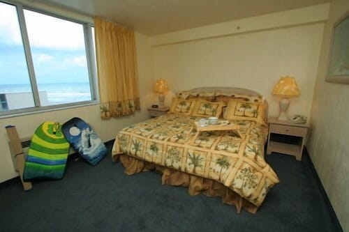 Room, Americano Beach Resort