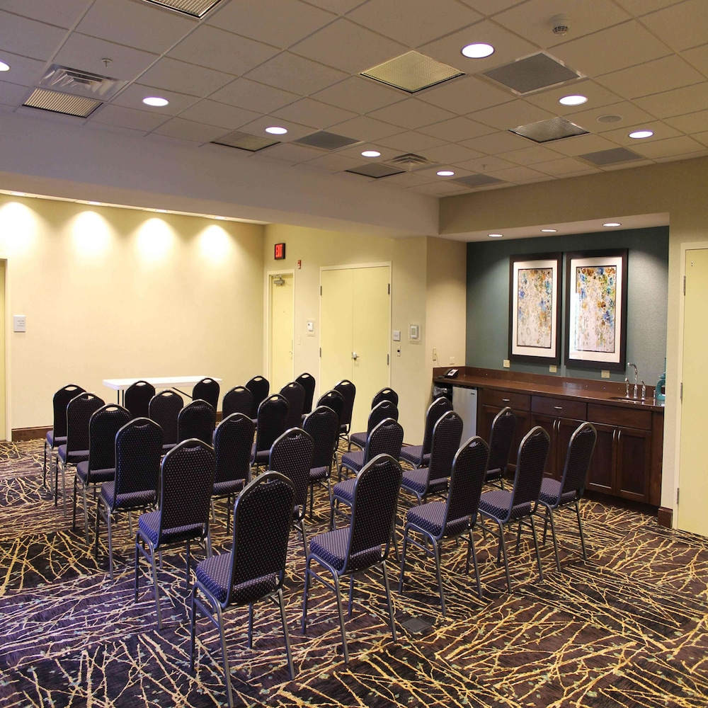 Meeting Facility, Hampton Inn & Suites Stroudsburg Bartonsville