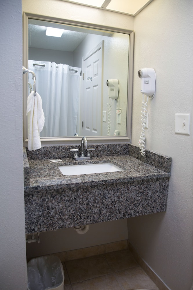 Bathroom Sink, Ashton Inn & Suites