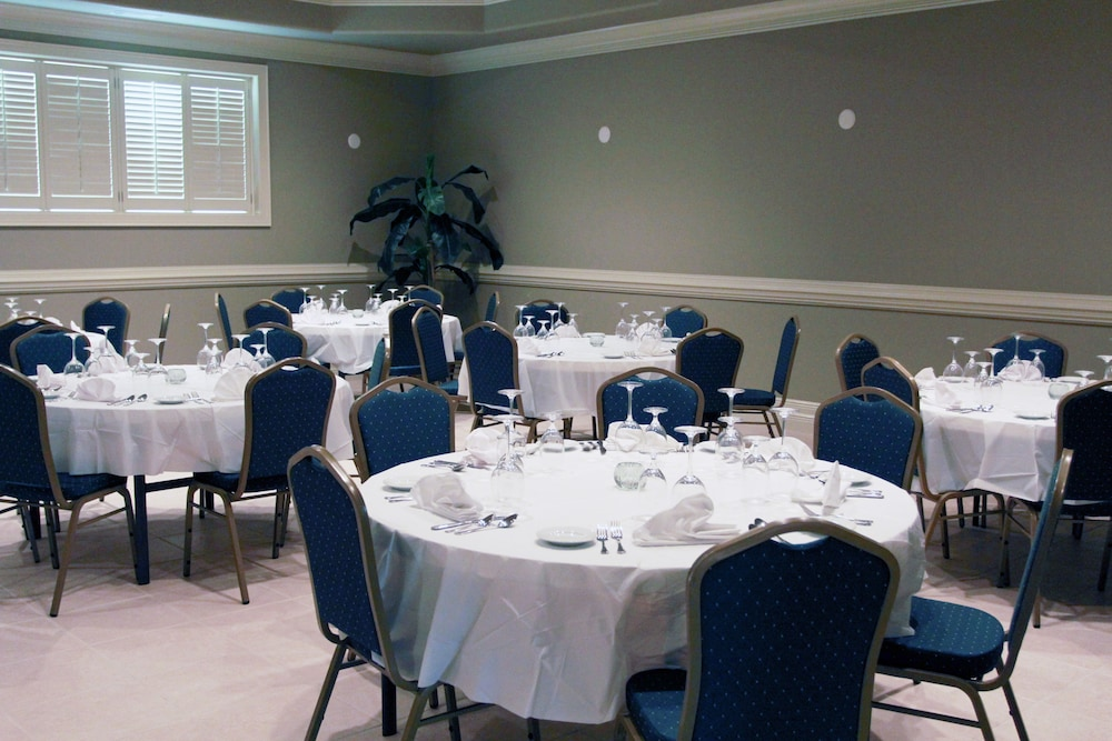 Banquet Hall, Ashton Inn & Suites