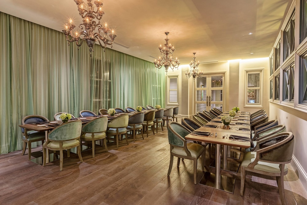 Restaurant, Grand Bohemian Hotel Charleston, Autograph Collection