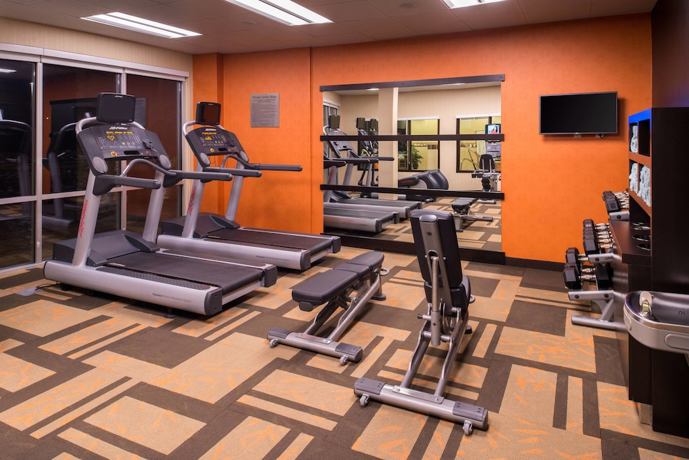 Fitness Facility, Courtyard Hot Springs