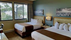 房內夾萬、書桌、免費嬰兒床、床單