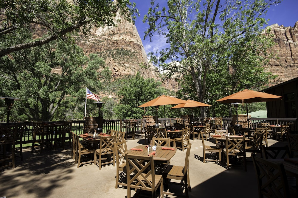 Outdoor Dining, Zion Lodge - Inside The Park