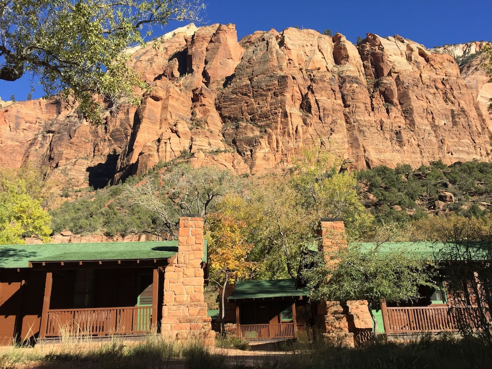Property Grounds, Zion Lodge - Inside The Park