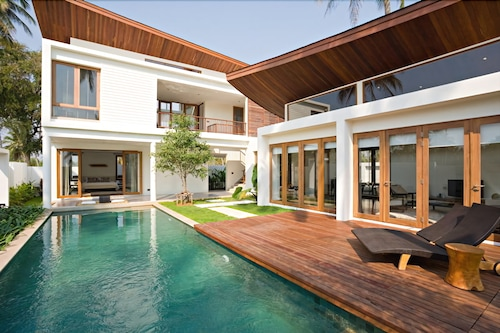 PRAN-A-LUXE Exclusive Pool Villa