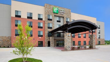 Holiday Inn Express & Suites Davenport, an IHG Hotel