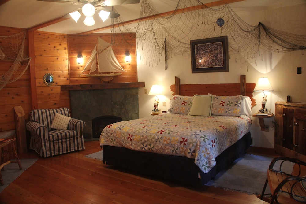 Cool The Cottage Inn In Lake Tahoe Ca Expedia Download Free Architecture Designs Scobabritishbridgeorg