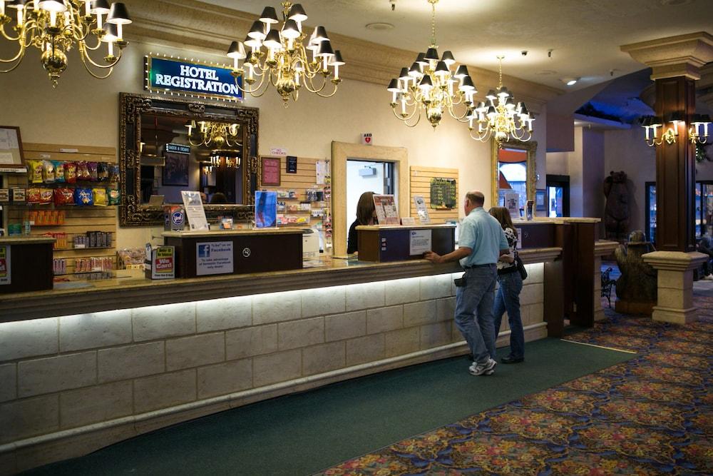 Tahoe Biltmore Lodge In Crystal Bay Hotel Rates Reviews On Orbitz