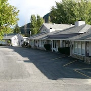 Trail Motel & RV Park