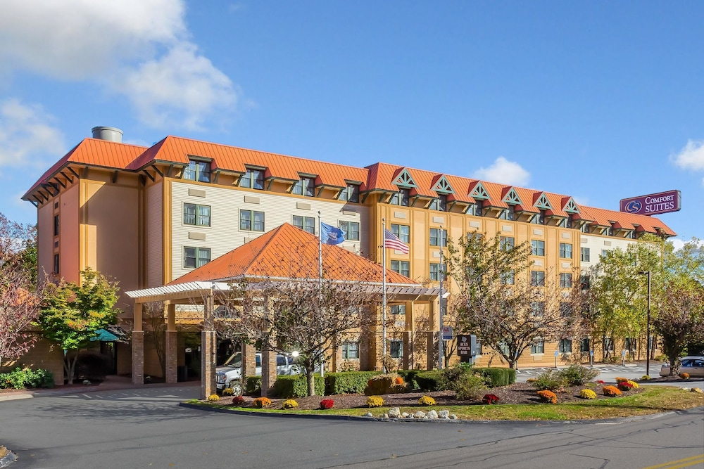 Featured Image, Comfort Suites Near Casinos