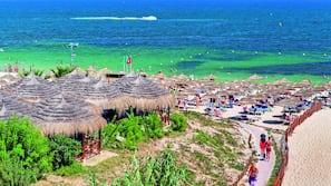 Spiaggia privata nelle vicinanze, sabbia bianca, lettini da mare