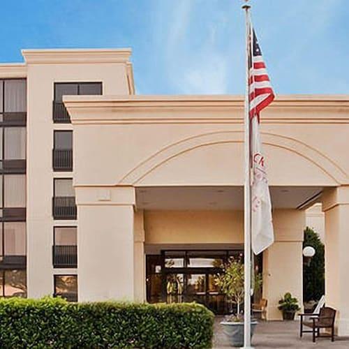 Great Place to stay Akaza Hotel Richmond near Richmond