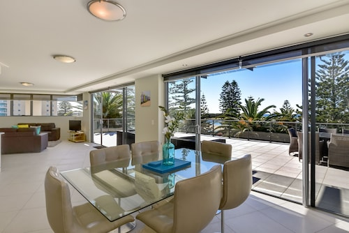 Coast Luxury Apartment 17