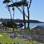 Mollymook Surfbeach Motel and Apartments