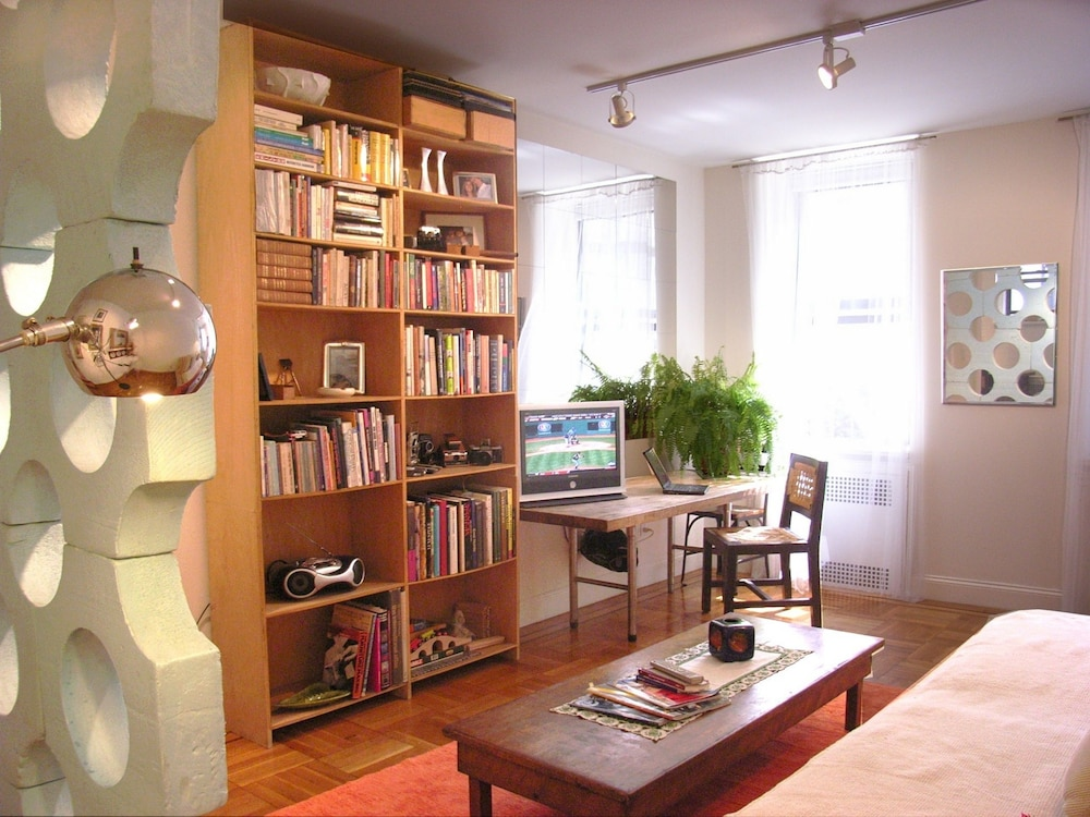 Prewar 1 BR Apartment, W65th/Broadway - Featured Image