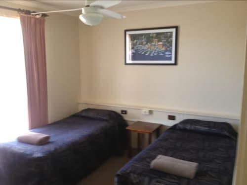 Winbi River Resort Deals Reviews Moama Aus Wotif