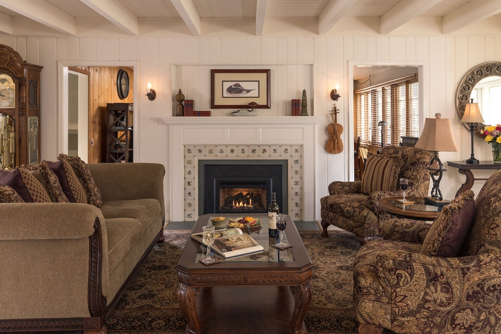 The Wooden Duck Bed And Breakfast