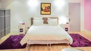 1 chambre, bureau, fer et planche à repasser, Wi-Fi gratuit