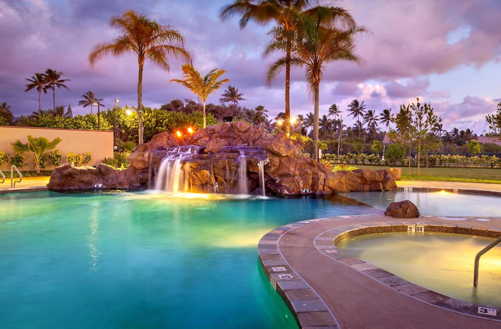 Outdoor Pool, Courtyard by Marriott Oahu North Shore