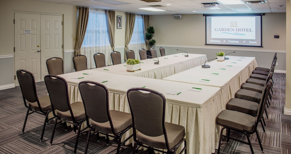 Meeting Facility, Gibsons Garden Hotel