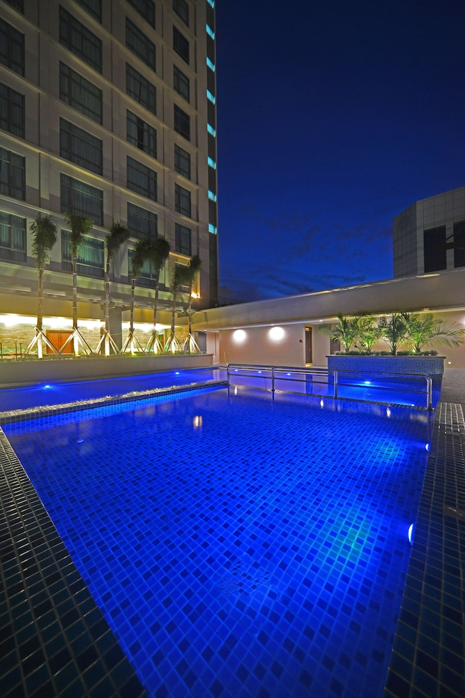 Pool, The Light Hotel Penang