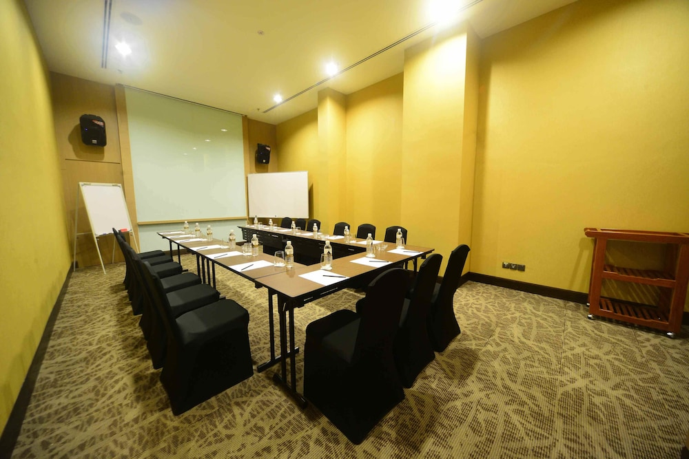 Business Center, The Light Hotel Penang