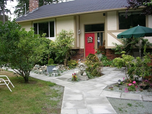 Airport Bed & Breakfast Victoria BC