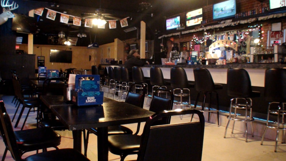 Sports Bar, Schuyler Inn