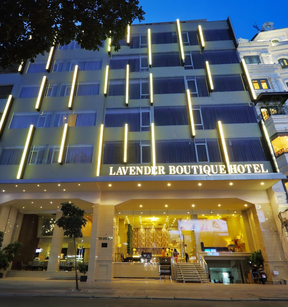 Lavender boutique hotel reviews photos rates for Boutique hotel vacations