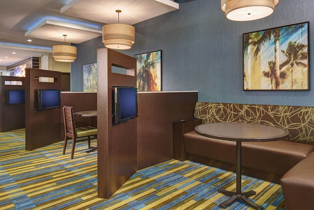 Restaurant, Fairfield Inn & Suites San Diego Carlsbad