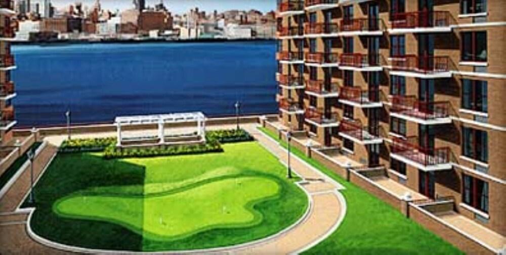 Bliss Spa Hoboken Hours