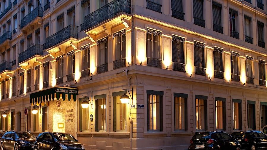 Globe et Cecil Hôtel
