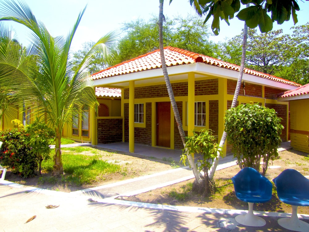 Front of Property, Tropiclub Playa El Cuco
