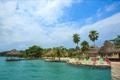 Bacalar Lagoon Resort