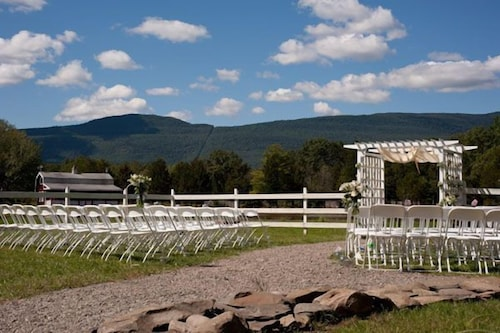 Outdoor Wedding Area, The Kaaterskill