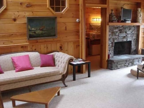 Living Area, The Kaaterskill