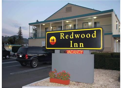 Great Place to stay Redwood Inn near Santa Rosa
