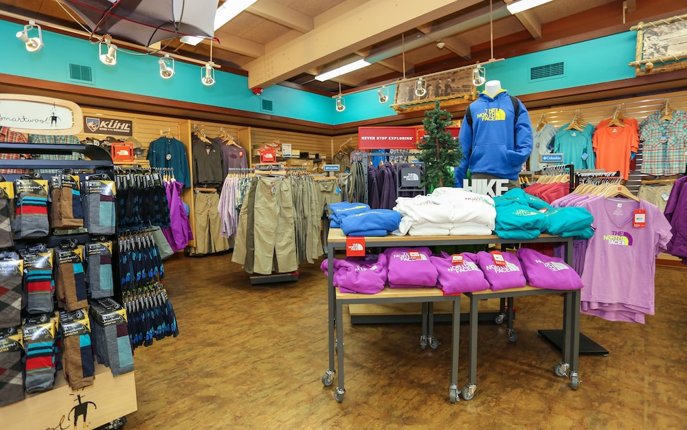 Gift Shop, Yavapai Lodge - Inside the Park