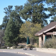 Yavapai Lodge Inside The Park