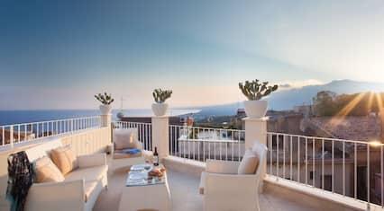 La Malandrina Apartments & Suites