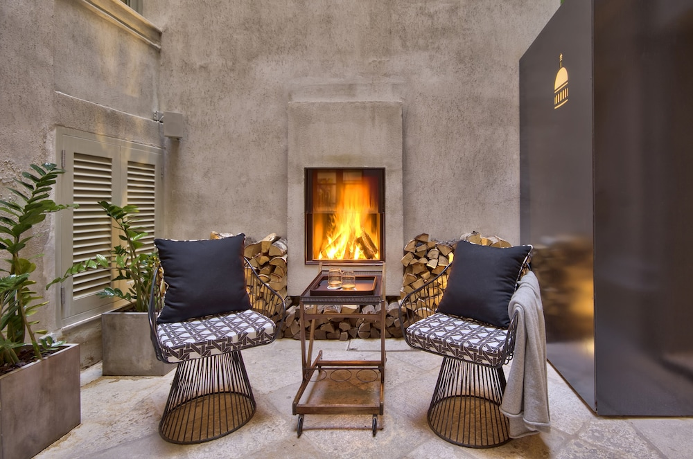 Fireplace, Casa Ellul - Small Luxury Hotels of the World