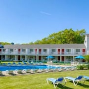 The Rhumb Line Resort