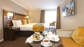 1 多间卧室、书桌、熨斗/熨衣板、折叠床/加床(额外收费)