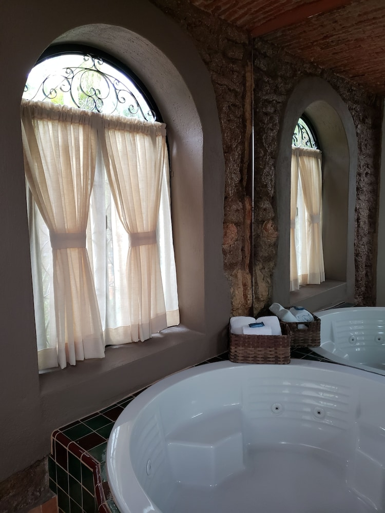 Jetted Tub, Quinta Don Jose Boutique Hotel