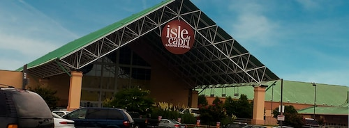 Isle of Capri Casino Hotel