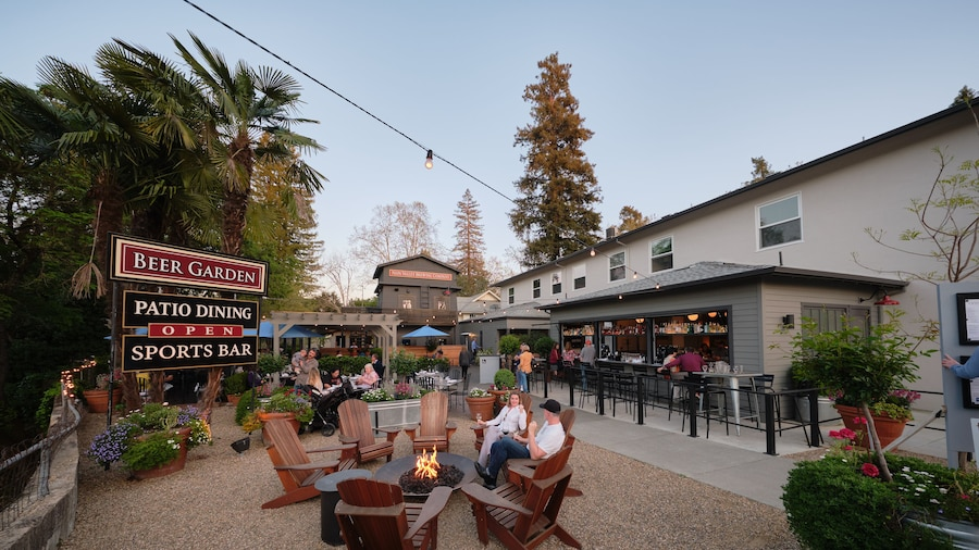 Calistoga Inn Restaurant and Brewery