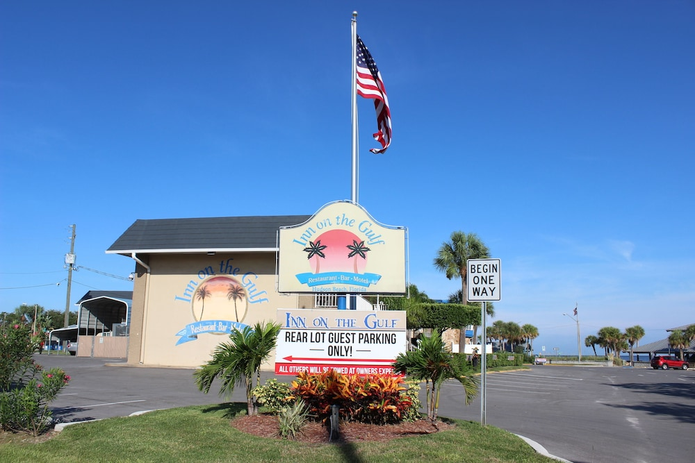 Property Grounds, Inn on the Gulf