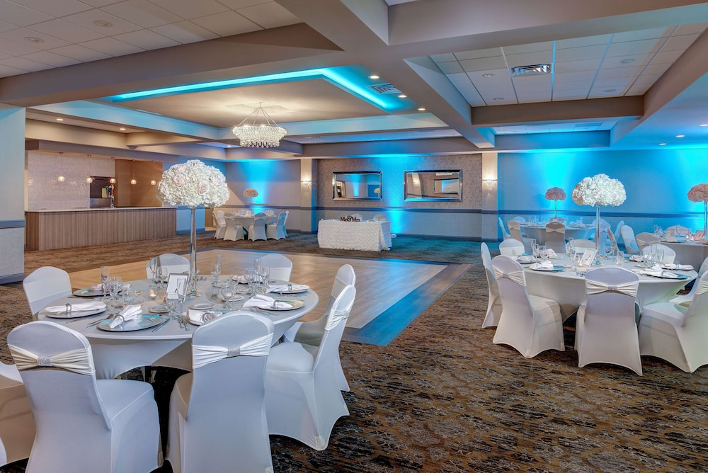 Ballroom, Days Hotel by Wyndham Toms River Jersey Shore