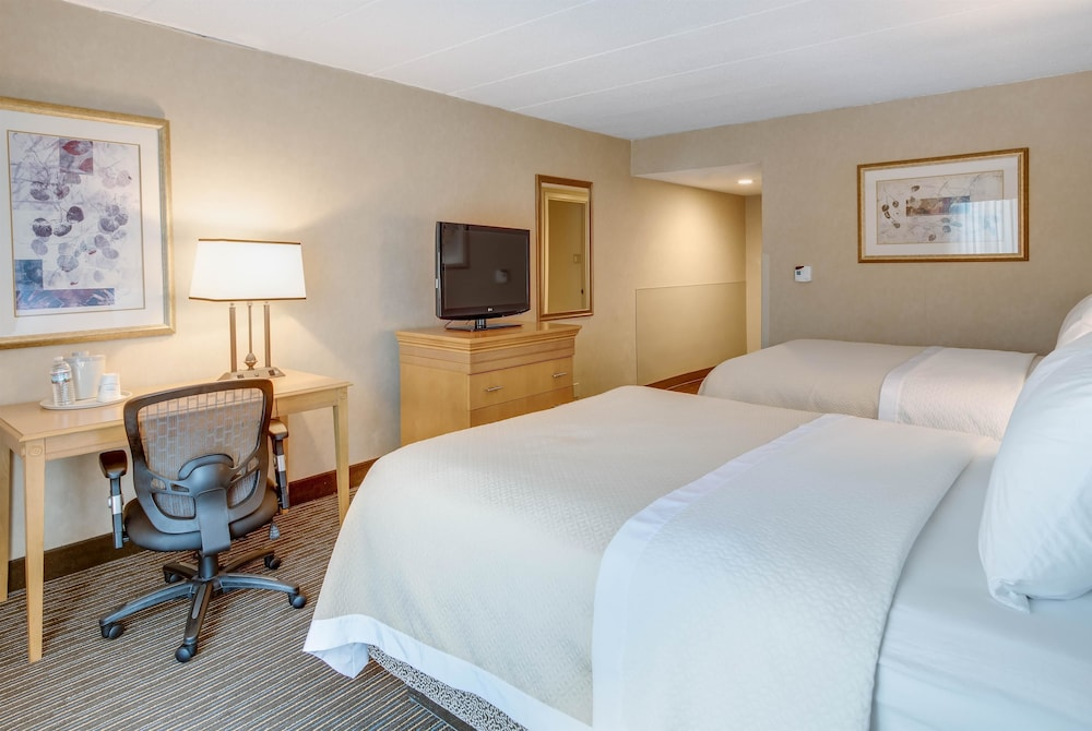 Room, Days Hotel by Wyndham Toms River Jersey Shore